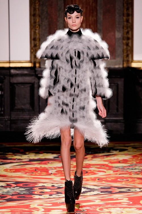 Dress Voltage Haute Couture Iris Van Herpen 2013 Paris c M Zoeter x Iris van Herpen 500 750 90
