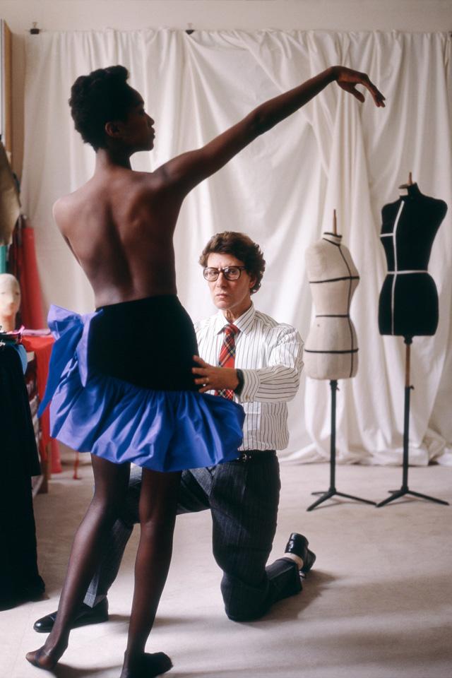 13-Yves Saint Laurent -Vogue-10Oct14-Snowdon b