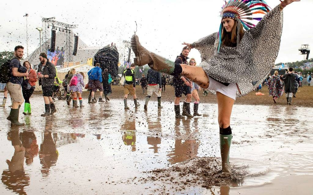 This is how someone dresses for Glastonbury 2015