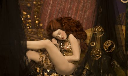 Models recreate Gustav Klimt's most iconic paintings